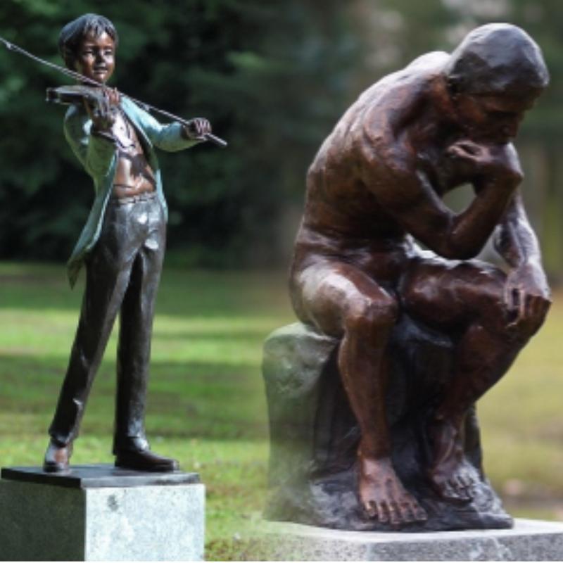 Bronze. Figures humaines