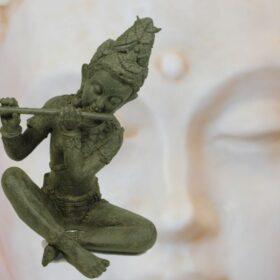 Relieves y figuras de Oriente. India, Tibet, Japón, China