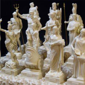Petites statues classiques