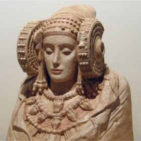 IBERIANS AND PHOENICIANS. Archaeological and museum reproductions.